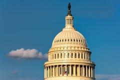 Washington DC, US-Kapitol-Gebäude bei Sonnenuntergang Lizenzfreies Stockfoto