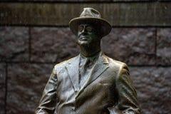 WASHINGTON DC, usa Roosevelt pamiątkowa statua pod deszczem w DC - MAJ 17 2018 - Obrazy Royalty Free