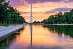Washington DC y monumento fotografía de archivo libre de regalías