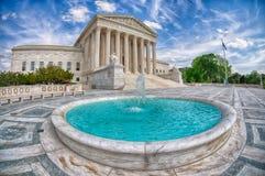 WASHINGTON, de V.S. - APRIL, 29 2017 de Hooggerechtshofbouw in het detail van Washington gelijkstroom Royalty-vrije Stock Afbeeldingen