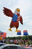 Washington, Gleichstrom C - 4. JULI 2017: riesige Ballone werden für Teilnahme an der Unabhängigkeitstag-Parade des Staatsangehör Stockfotografie