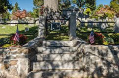 Washington Irving Grave - schläfrige Höhle, NY Lizenzfreie Stockfotos