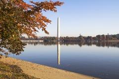Washington Monument in autumn Royalty Free Stock Photos