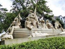 Washington& x27 ; monument de s croisant le fleuve Delaware Photos stock