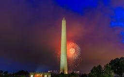 Washington Monument e fuochi d'artificio Fotografie Stock