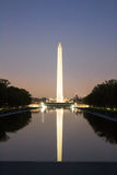Washington Monument i natt royaltyfri fotografi