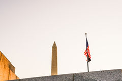 Washington Monument på Dawn Unique composiiton Arkivbilder