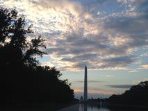 Washington Monument prima di alba Fotografie Stock Libere da Diritti
