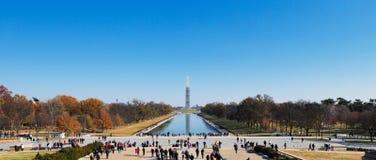 Washington Monument som sett från Lincoln Memorial i Washington DC, USA Arkivbilder