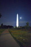 Washington Monument sotto la luna piena Fotografia Stock Libera da Diritti