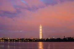 Washington Monument y cielo nocturno Imagen de archivo libre de regalías