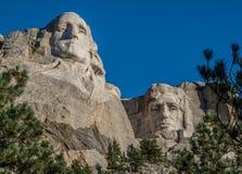 Washington och Lincoln carvings på Mount Rushmore Arkivfoto