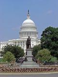 Washington State Capitol com a estátua de James Carfield em Washington D C , 2008 Foto de Stock