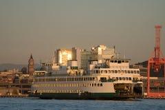 Washington State Ferry, Kaleeten die de Veerboot van Seattle verlaten Stock Afbeeldingen