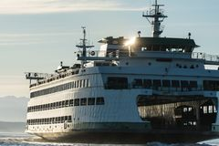 Washington State Ferry Tacoma som ankommer i Seattle Royaltyfri Foto