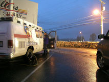 Washington State Flooding - News Crews Cover Flooding. Local and national news crews on scene covering the flooding of the raging Skagit River in Mount Vernon stock images