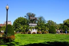 Washington-Statue an den Boston-allgemeinen Gärten Stockfotos