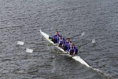Washington Univerisity compete na cabeça do campeonato Fours de Charles Regatta Men Imagens de Stock