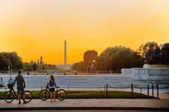Washington USA, Washington Monument är en obelisk på nationen Royaltyfria Foton