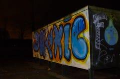 Wassenaar grafitti på natten Royaltyfri Fotografi