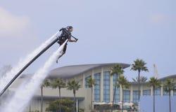 Wasser-angetriebenes jetpack Lizenzfreies Stockfoto