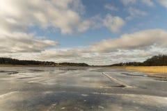 Wasser auf Eis Stockfotografie