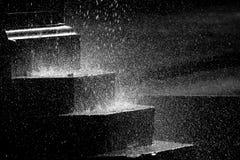Wasser, das in einem Brunnen spritzt Lizenzfreies Stockbild
