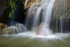 Wasser-Fall Lizenzfreie Stockfotografie