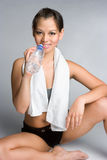Wasser-Flaschen-Mädchen lizenzfreie stockfotos