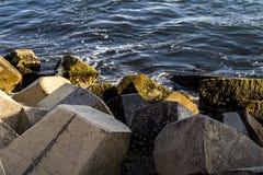 Wasser Quay bei Cirkewwa Malta Lizenzfreie Stockbilder