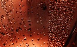 Wasser-Tropfen auf Metalloberfl?che lizenzfreie abbildung