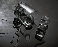 Wasser u. Eis Lizenzfreie Stockbilder