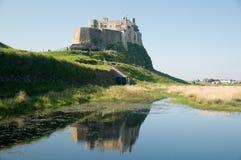 Wasser und das Schloss stockbild