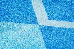 Wasser und Regenschirme Lizenzfreies Stockbild