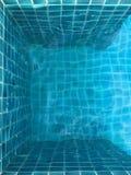 Wasser und Regenschirme Lizenzfreies Stockfoto