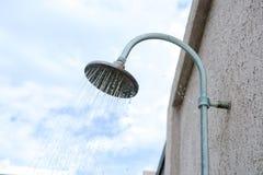 Wasser vom antiken Regenschauer Lizenzfreies Stockfoto
