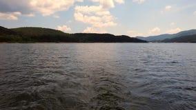 Wasseransicht von einem Boot stock footage