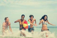 Wasserball-Sonnenschein-Ferien-tropisches Sommer-Konzept lizenzfreie stockfotografie