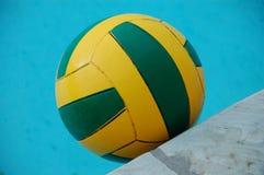 Wasserballball Lizenzfreie Stockbilder
