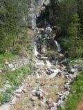 Wasserfälle auf einer Autoreise Stockfotos