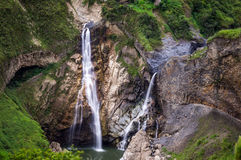 Wasserfälle in Banos, Ecuador stockbilder