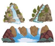 Wasserfälle eingestellt Karikaturlandschaften mit Bergen und Bäumen
