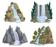Wasserfälle eingestellt Karikaturlandschaften mit Bergen und Bäumen Lizenzfreie Stockfotos