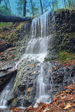 Wasserfälle im Frühjahr Stockfotos