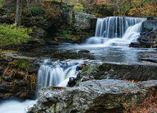 Wasserfälle im Poconos stockfotos