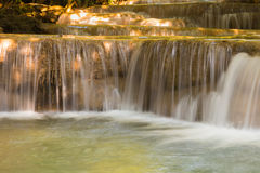 Wasserfälle oben geschlossen Stockfotografie