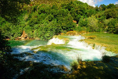 Wasserfälle, Seitenansicht Lizenzfreies Stockfoto