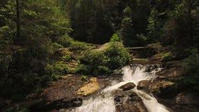 Wasserfälle von der Luft stock video footage