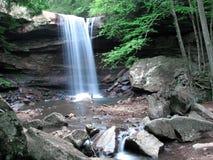 Wasserfall 1 Lizenzfreie Stockfotos