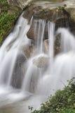 Wasserfall lizenzfreies stockbild